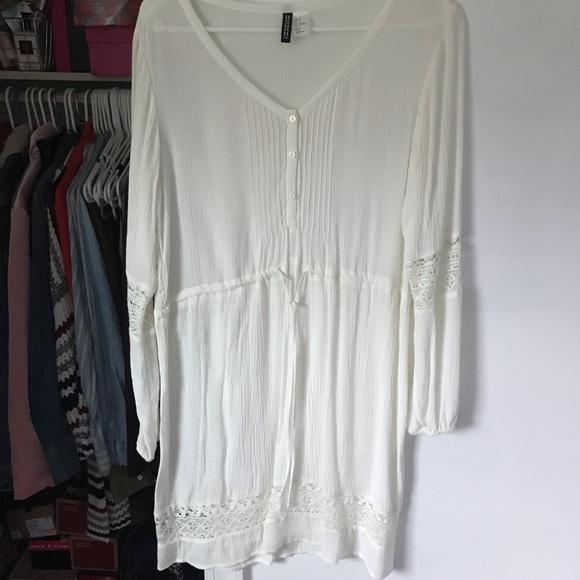 H&M Dresses & Skirts - White flowy dress